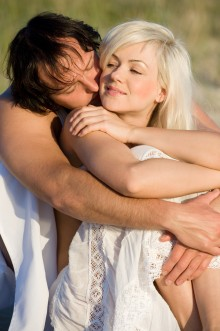 bigstock-Couple-On-The-Beach-5284487