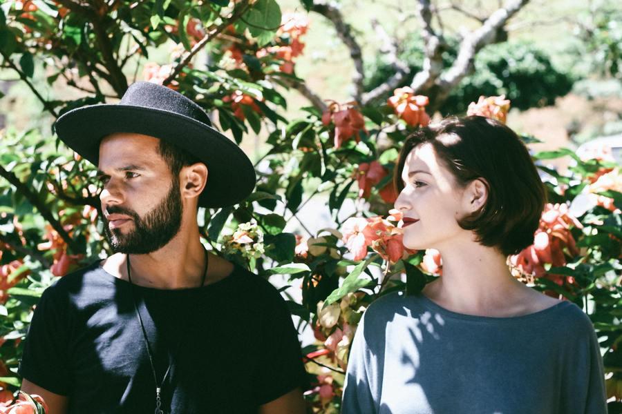 couple gazing